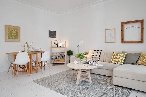 Få tvåor har plats för ett matbord i vardagsrummet