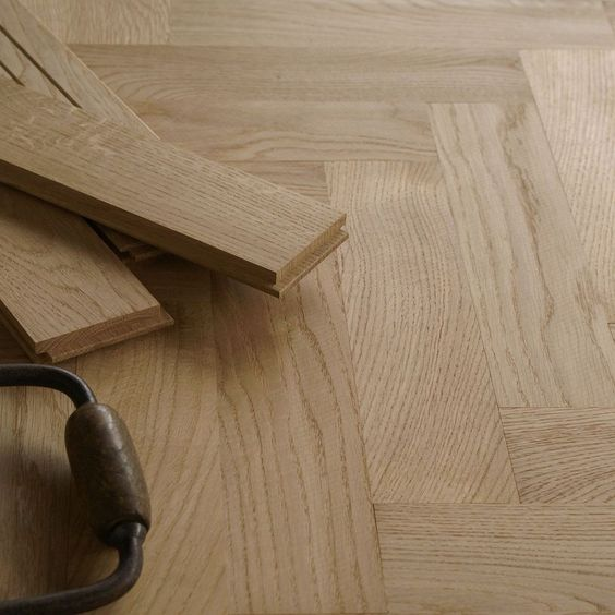 16mm Solid Oak Herringbone Parquet Flooring -  Low profile - Prime Grade / HS43
