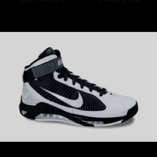 Nike basketball shoes <3