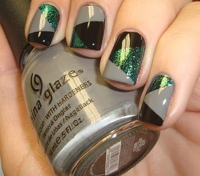 One of the sisters would definitely look fierce with this nail art