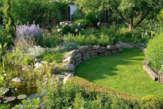 Gärten am Hang Gestaltungsformen - Nutzbarkeit - gartenbepflanzung am hang
