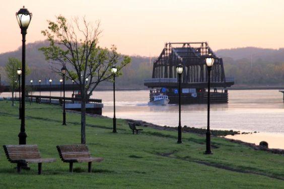 'New Haven's Riviera' - a slice of the Quinnipiac River
