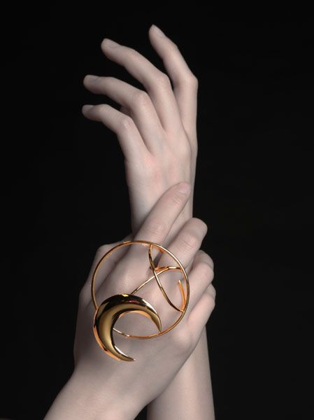 Chen Cheng (CN) - Dancing On My Own - kinetic ring -