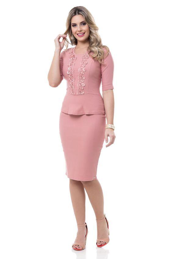Pin De Cecilia En Ropa Formal Vestidos De Moda Para Mujer Trajes Elegantes Vestidos Para Señoras