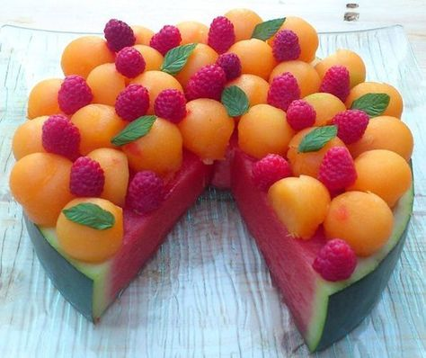 La recette: Tarte pastèque au melon et aux framboises.© DR