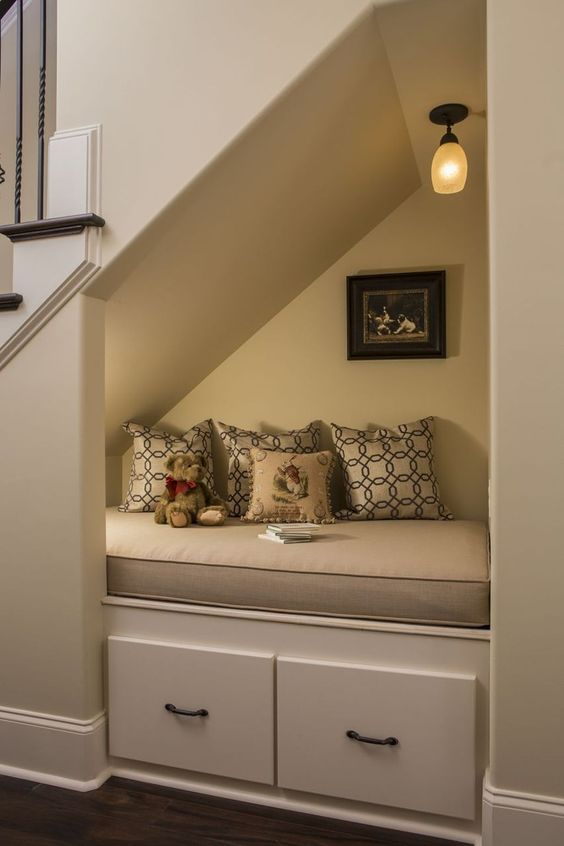 Cool 42 Charming Reading Nook Design Ideas Under The Stairs. #