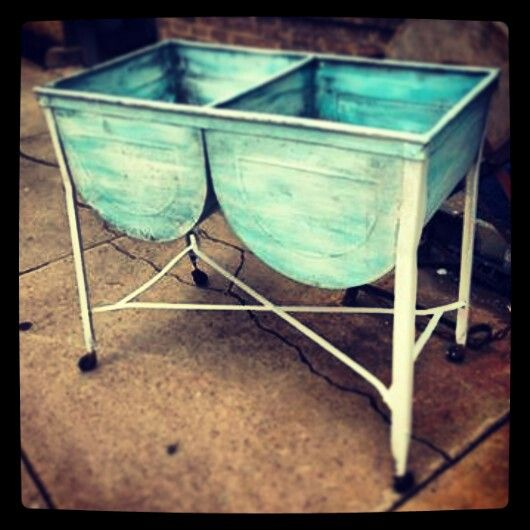Double wash tubs! Antiques, Ideas, etc.. Pinterest Wash tubs and ...