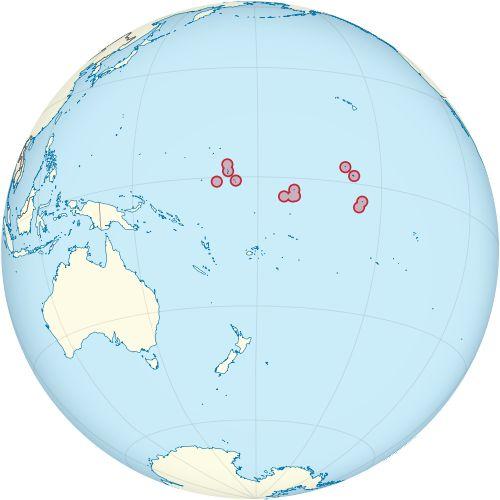 Location Of Kiribati The Republic Of Kiribati Gilbertese Ribaberiki Kiribati Is A Sovereign Stat Coral Sea Islands Federated States Of Micronesia Tokelau