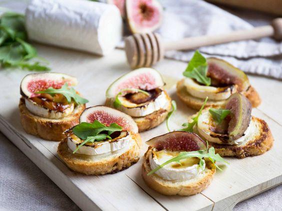 Snittar med getost och fikon | Recept från Köket.se