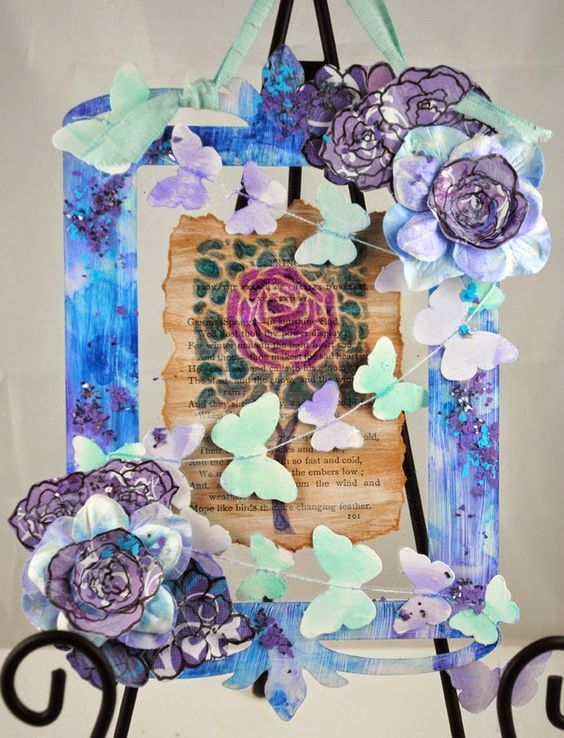 #cre8time to frame your art. #stampendous #DreamweaverStencils #clearscraps
