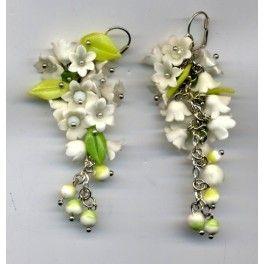 """Boucles d'oreilles pendants longues """"Muguet"""":"""