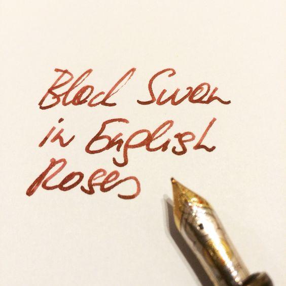 Neuer Tag. Neue #PremiumTinte. Black Swan in English Roses. Das ist Füllfedertinte mit der Sie immer eine exzellente Figur machen.