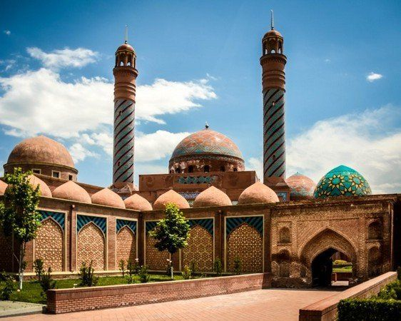 Azerbaijan Points Of Interest What To Do See And Eat Azerbaijan Travel Travel Travel Around Europe