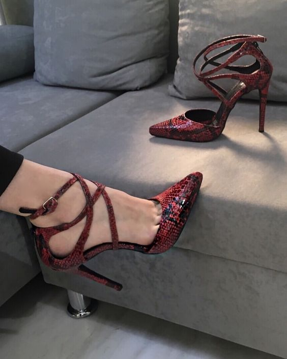 26 High Heels That Will Make You Look Fabulous