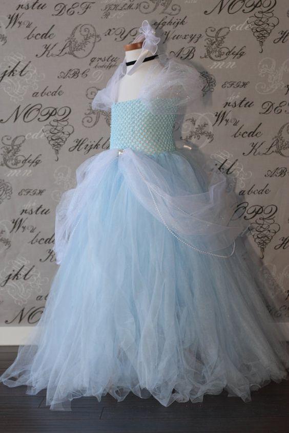 Cenicienta Disney princesa azul y Tul por AuntieLisasBoutique, $69.00