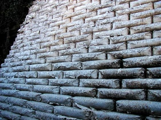 Concrete Bag Retaining Wall This Is Epic Concrete Retaining Walls Concrete Bags Concrete Wall