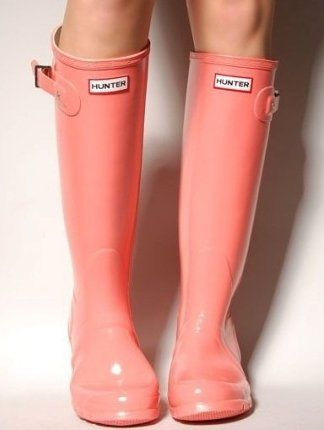 coral Hunter rain boots. what more could a girl ask for? | Street ...