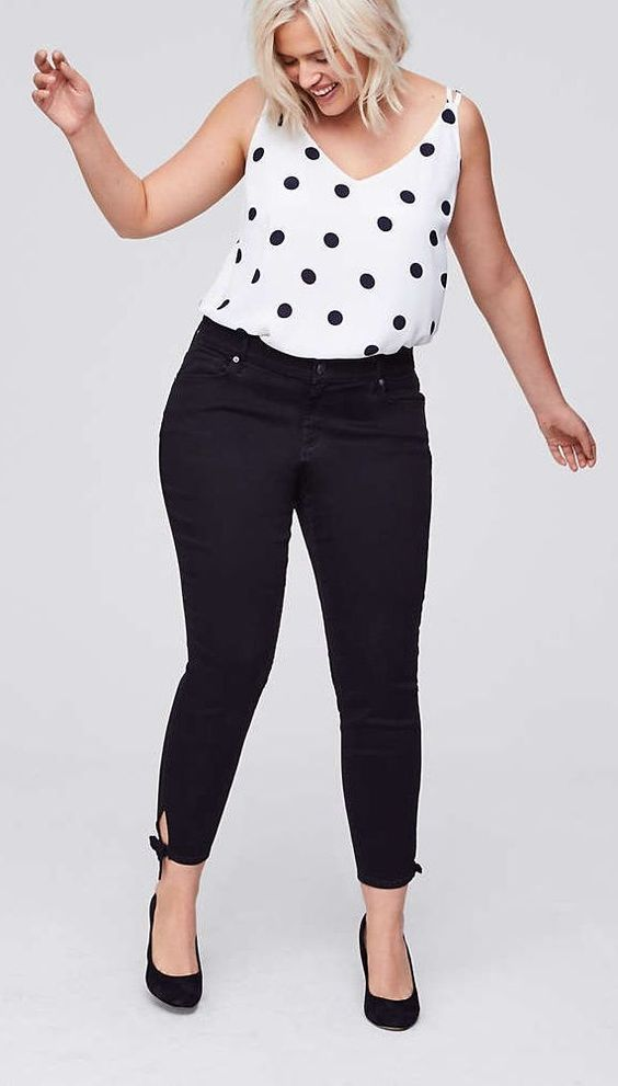 Plus Size Skinny Cropped Jeans - Plus Size Fashion for Women #plussize #plussize#plussizeoutfits #plussize#curvyoutfits