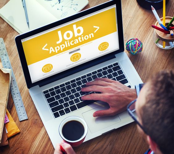 Virtual Vocations overviews three online job scams that job seekers should be on the lookout for this spring.