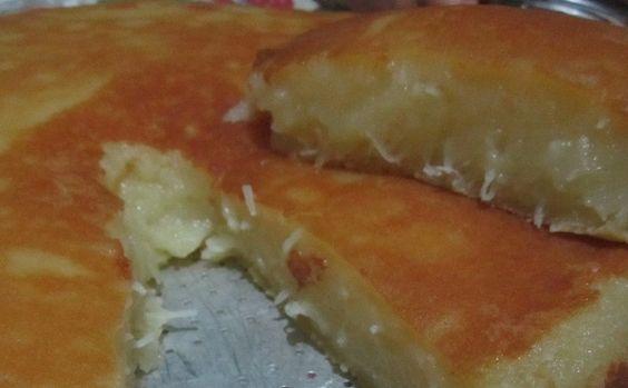O Bolo Mole de Mandioca é delicioso, cremoso e fácil de fazer. Faça para o lanche da sua família. Com certeza, todos irão adorar! Veja Também:Bolo de Mand