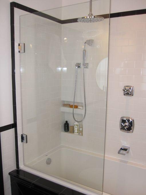 6x9 Bathroom Design Hgtv Hgtvremodels Hgtvgardens Hgtv S Frontdoor Diynetwork Hgtv I Love Bathroom Design Inspiration Tub Shower Combo Bathroom Makeover