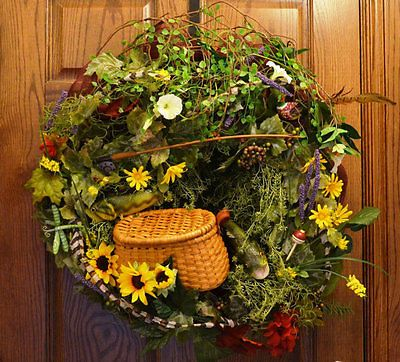 Wreath-Gone-Fishing-Man-Cave-Deco-Mesh