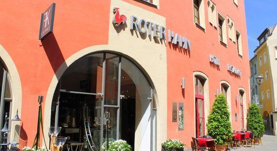 €180 Dieses Hotel im Herzen der Regensburger Altstadt befindet sich in einem historischen Gebäude aus dem 13. Jahrhundert.
