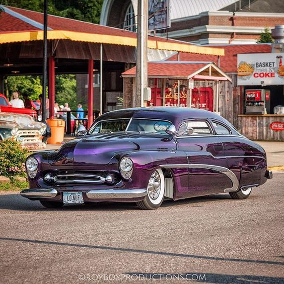 A #kustom #Mercury at the #GGHeartlandNationals How many parts from different cars can you see on this Merc?