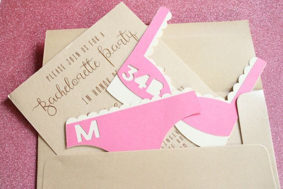 Custom Inserts for a lingerie shower via Etsy! So everyone has the bride's size... so cute!