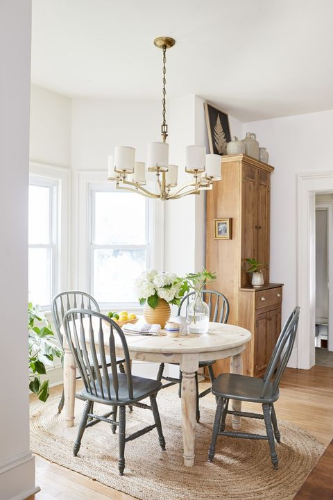 Revamp Your Dining Room With These Gorgeous Decorating Ideas In 2020 Farmhouse Dining Rooms Decor Dining Room Design Dining Room Style