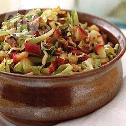 Estofado de col con manzana y alcaravea @ allrecipes.com.mx