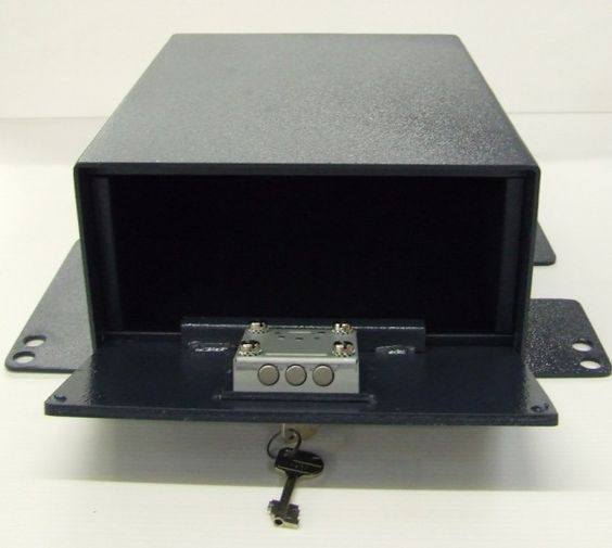 T5 under seat lockable SAFE