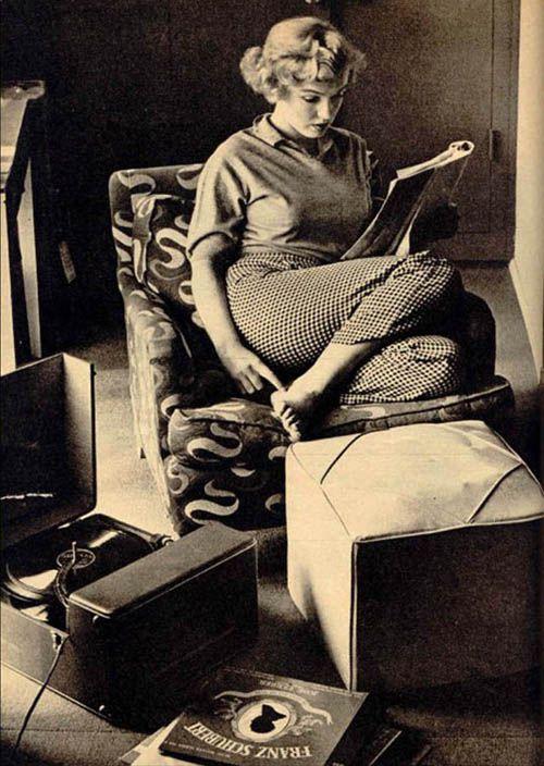 1952 Beverly Carlton Hotel - Marilyn par André De Dienes - Divine Marilyn Monroe