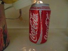 Diário Feminino: luminária com lata de refrigerante