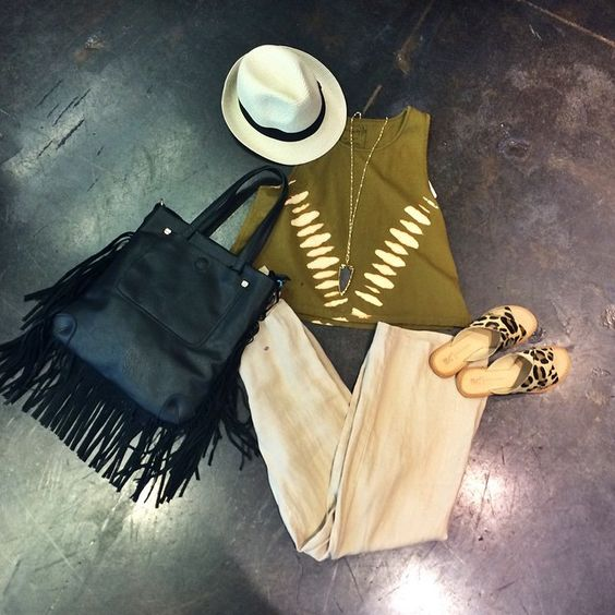 •free people crop-$58.00• •linen pants-$64.00• •fringe tote (also avail in grey)-$80.00• •dear leopard sandal-$60.00• •straw fedora-$18.00• •arrowhead necklace-$54.00• #shopflirt #flirtdallas #
