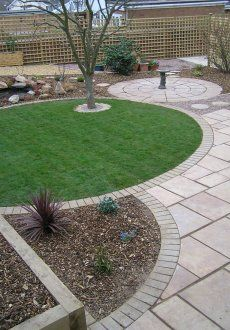 Garden Design Circles a typical curvilinear design. | the curve is more powerful than