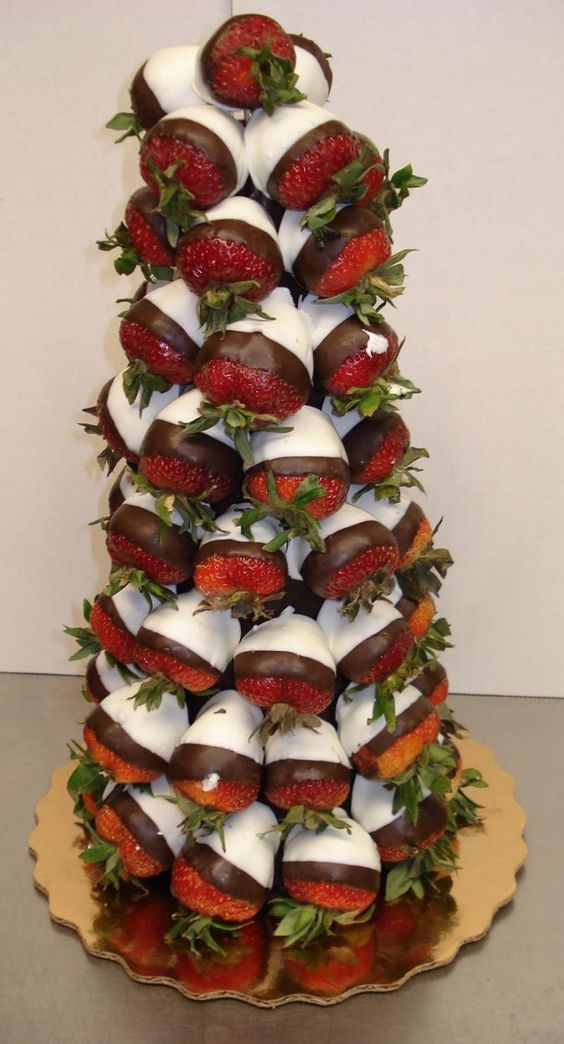 Strawberries & Dip. Perfect to bring to a xmas party!
