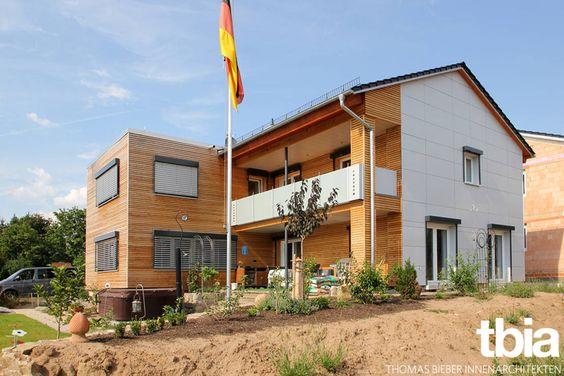 Nach umfassender Neustrukturierung und grundlegender Sanierung präsentiert sich das Einfamilienhaus in einem ganz neuen Look.