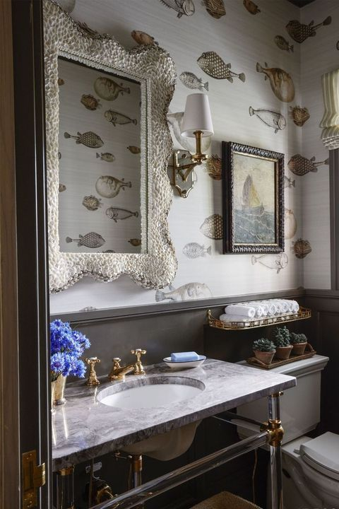 Photos Of Rooms From All Over That Prove Paneling Is Cool Farmhouse Bathroom Decor Amazing Bathrooms Wallpaper For Small Bathrooms
