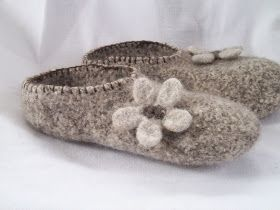 Pilgrim Purse ~ and Poetry: Knit Felt Slippers for Adults: Knitting Projects, Knitting Patterns, Knitting Yarn Projects, Crafty Things, Craft Projects Ideas, Felted Projects, Felted Patterns, Felting Projects