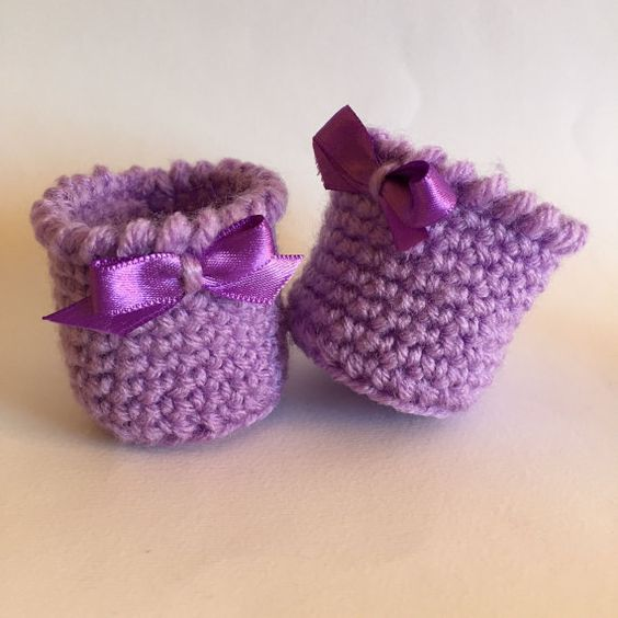 Lilac chair socks with bow pastel colors by LittleFlowerbyGloria