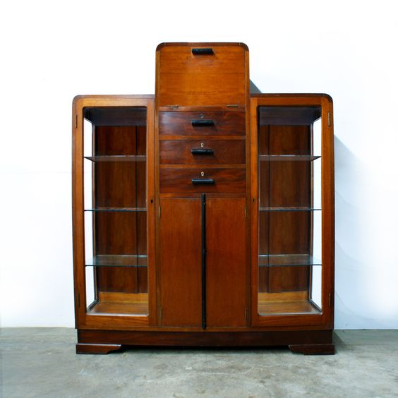 1930s-40s Deco Skyscraper Cocktail Bar Cabinet by TheModernHistoric on Etsy https://www.etsy.com/listing/212926830/1930s-40s-deco-skyscraper-cocktail-bar