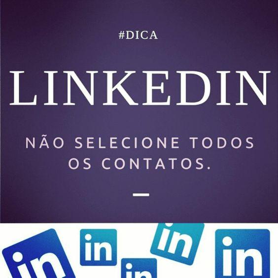 O LinkedIn te ajuda a construir sua rede de contatos Dentro da área de adicionar conexões, você pode fornecer ao LinkedIn seu e-mail e senha e deixá-los puxar automaticamente a sua lista de contatos. Em seguida fornece uma lista das pessoas que já estão no LinkedIn, bem como os não-usuários que você pode convidar para acompanhá-lo no LinkedIn.