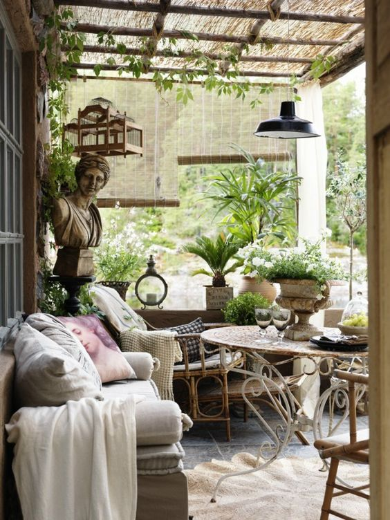 Classic Provence Style patio with French Country style. #frenchcountry #rusticdecor #frenchfarmhouse