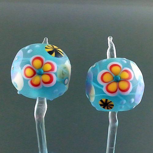 Pikalda  Handmade lampwork 2 beads earring pair by veradacraft, $20.00