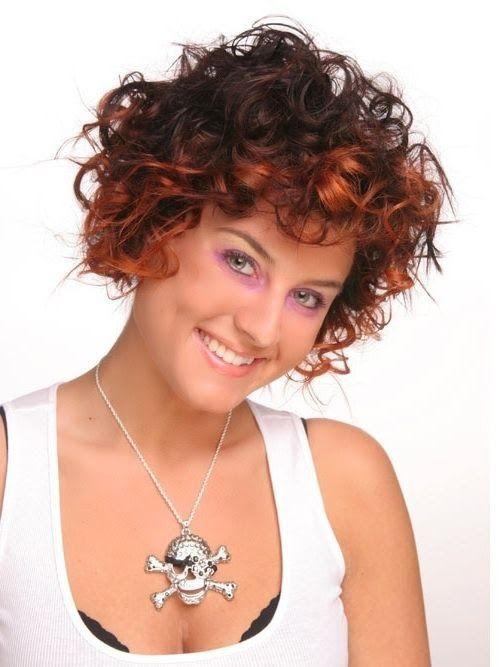 Damen Kurzhaar Locken Frisuren In 2019 Short Curly Hair