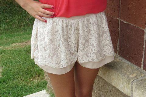 Ivory Scalloped Lace Shorts