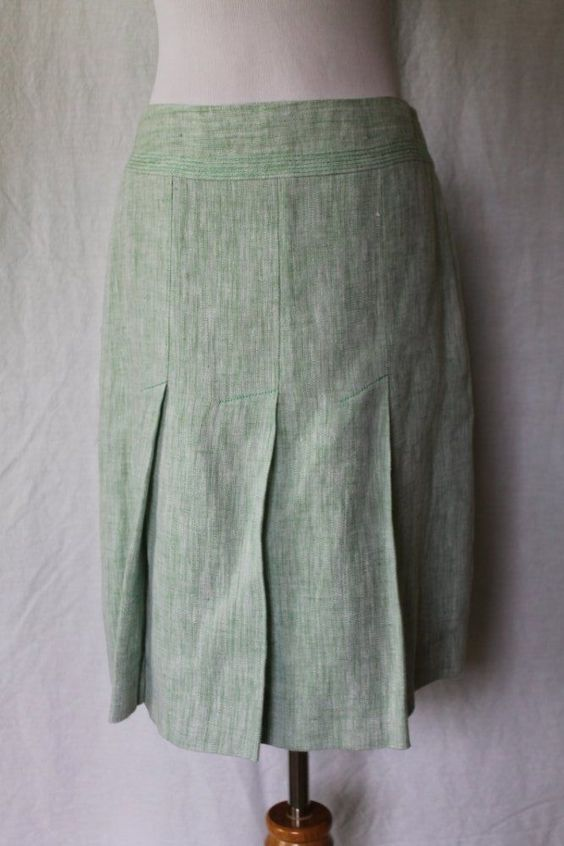 Anne Taylor LOFT Sage Green 100% Linen Fully Lined Knee Length Pleated Skirt 2…