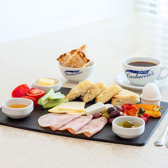 Hafta sonu enfes bir kahvaltı demektir. Bu hafta sonu Colazione Turca yüzünüze gülümseme kondursun.