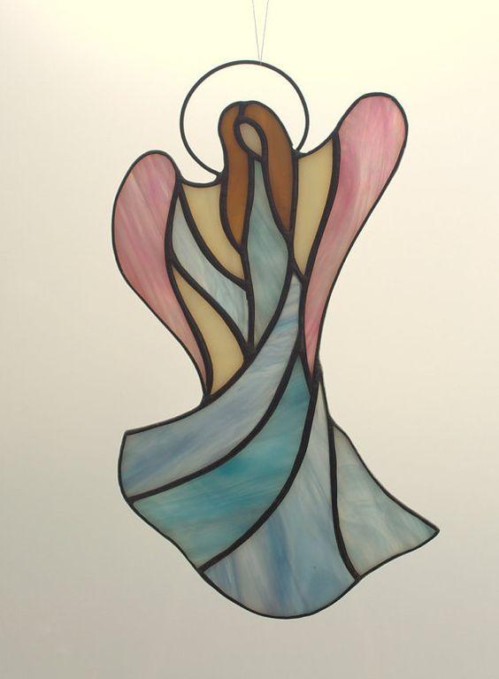 Glasmalerei-Angel - Glasmalerei Suncatcher. Angel-Christbaumkugel. Personalisierte Engel Verzierung. Personalisierte Christbaumkugel.